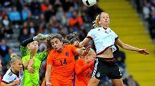 Starke erste Hälfte für Jones' Elf: DFB-Damen überrollen Oranje