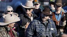 Ammon Bundy, der Anführer der Gruppe, und einige Anhänger im Januar 2016.