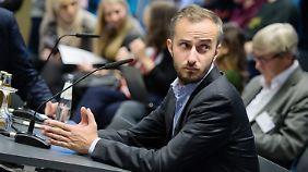 Jan Böhmermann macht sich Sorgen.