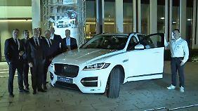 """Hauptgewinn Jaguar F-Pace: Commerzbank-""""Börsenspiel"""" endet höchst spannend"""
