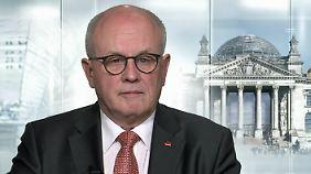 """Volker Kauder zur Kanzlerkandidatur: """"Merkel ist genau die Richtige in dieser schwierigen Zeit"""""""