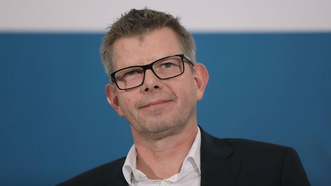 Seit 1996 bei E-Plus, seit Oktober 2014 Chef von Telefonica Deutschland: Thorsten Dirks nimmt nach zweieinhalb Jahren bei O2 den Hut.