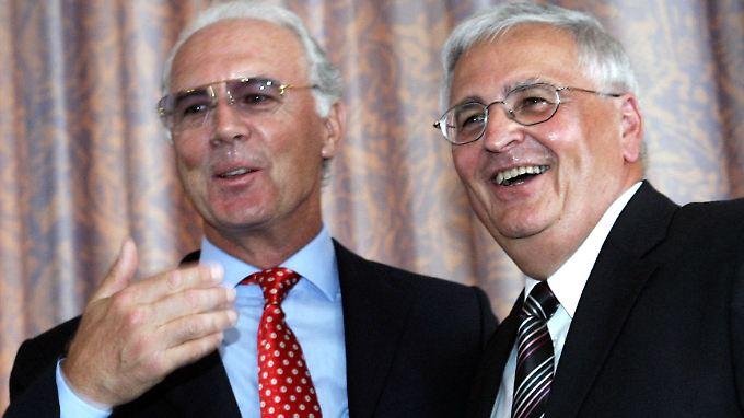 Die Herren Beckenbauer und Zwanziger haben das Interesse der Fifa-Ethikhüter auf sich gezogen.