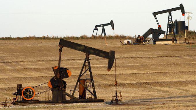Die schwachen Ölpreise nähren Bedenken hinsichtlich der Inflationsziele der Notenbanken. Da heißt es, geschmeidig bleiben