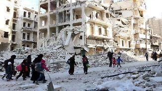 """Keine Feuerpause in Sicht: UN-Vertreter warnt vor """"gigantischem Friedhof"""" in Aleppo"""