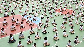 In Indien ist Yoga Volkssport.