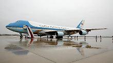 """Wer baut die neue """"Air Force One""""?: Donald Trump attackiert Boeing"""