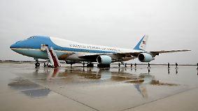 """Streit um neue """"Air Force One"""": Trump will Flugzeug-Deal mit Boeing stornieren"""