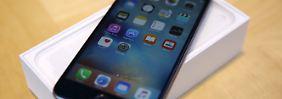Wenn der Akku nicht mehr fit ist: Apple gesteht, iPhones zu drosseln