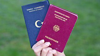 Basis will Doppelpass abschaffen: Merkel setzt sich über CDU-Beschluss hinweg