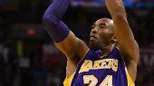 Die Milliarden-Marke verpasst hat Basketball-Superstar Kobe Bryant. Dennoch ist er der bestbezahlte Mannschaftssportler aller Zeiten - das lässt sich sein Arbeitgeber, die L.A. Lakers, einiges kosten. Er erwirtschaftet 770 Mio US-Dollar.