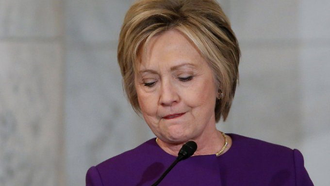 Die Verabschiedung des Senators Reid ist Clintons zweiter Auftritt nach der Wahlniederlage gegen Trump.