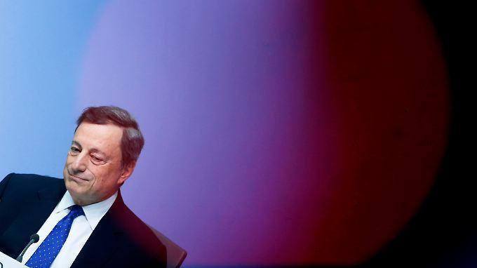 Jahresendrallye befeuert: Draghi versetzt Anleger in Feierlaune