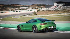 Der AMG GT R auf dem Weg auf die Start-Ziel-Gerade auf dem Autódromo Internacional do Algarve.