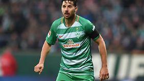 Claudio Pizarro hat Ladehemmungen.