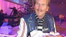 Bereits zum 22. Mal richtet der Musiker Frank Zander ein Weihnachtsessen für Bedürftige aus.