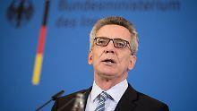 Bundesinnenminister Thomas de Maizère kritisiert die Aktivitäten des türkischen Geheimdienstes in Deutschland.
