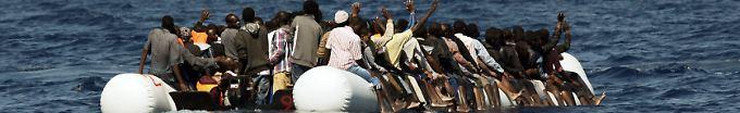 Der Tag: 22:20 Mehr als 140 Schiffbrüchige gerettet