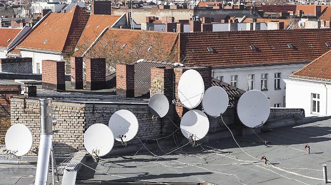 In vielen Regionen müssen Haushalte mit Antennenanschluss auf DVB-T umstellen.