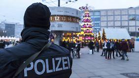 Mehr Polizei und Videoüberwachung: Mehrheit der Deutschen wünscht sich mehr Sicherheitsmaßnahmen