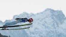 """""""Das war noch nicht perfekt"""": Eisenbichler fliegt zum Qualifikationssieg"""