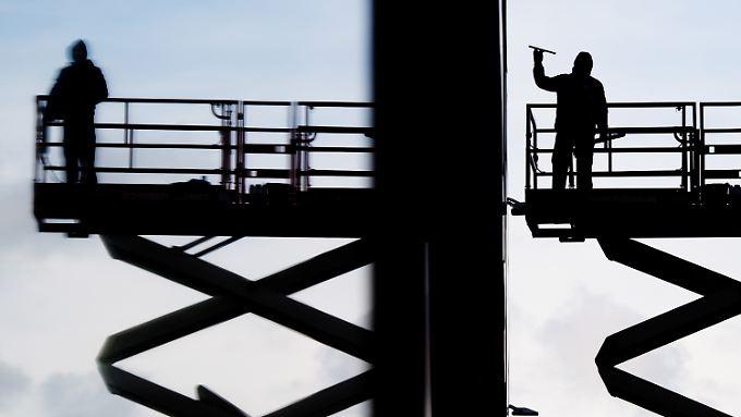 Die Daten für Industrie und Bauwirtschaft für Oktober korrigierten die Statistiker nach oben.