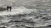 Deutschland-Wetter zweigeteilt: Sturmfluten und Schneechaos im Anmarsch