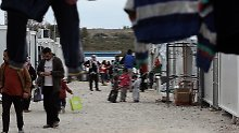 Asylzentren in Afrika und Asien: Berichte: Wien will Obergrenze in EU-Staaten