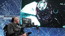 Stellte zuletzt Konzepte für interstellare Reisen vor: Stephen Hawking.