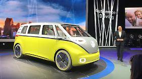Gedrückte Stimmung bei Detroit Auto Show: Mercedes zeigt neuen GLA, VW einen E-Retrobulli