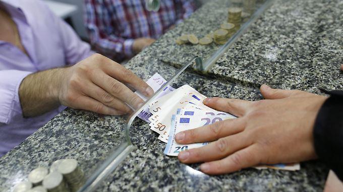 """""""Erdogan verschreckt Investoren"""": Türkische Lira stürzt auf Rekordtief"""