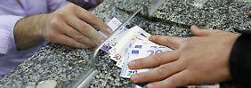 """""""Dinge geraten außer Kontrolle"""": Türkische Lira sackt auf Rekordtief"""