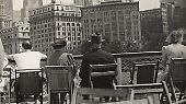 In dieser Zeit aber schoss er faszinierende Bilder - sowohl in seinem Geburtsland Österreich als auch in den USA, wohin er vor den Nazis flüchtete.