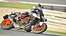Königin der Naked Bikes: KTM 1290 Super Duke R - ein echtes Biest