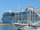 Party? Wellness? Dresscode?: Kreuzfahrtportale helfen bei der Schiffssuche