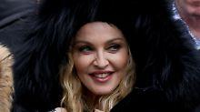 """""""Ich wähle Liebe"""": Madonna adoptiert wieder"""