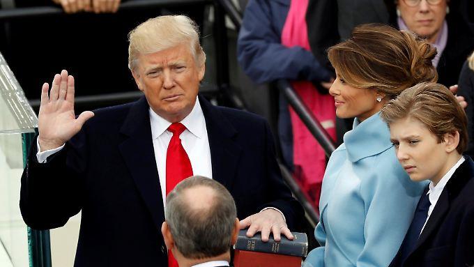 Mauer, alternative Fakten und Proteste: So verlief die erste Woche von US-Präsident Trump