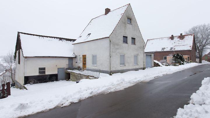 """Im """"Horrorhaus"""" in Höxter sollen Wilfried W. und Angelika W. zwei Frauen zu Tode gequält haben (Foto vom 23. Januar)"""