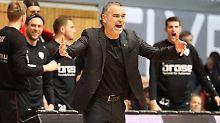 Dirk Bauermann ist seit Jahresbeginn Bundesliga-Trainer bei Würzburg.