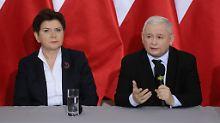 Die aktuelle polnische Regierung um das Kabinett von Beata Szydlo versucht laut EU, die Rechtsstaatlichkeit zu untergraben.