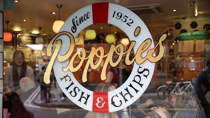 """Poppie's Fish & Chips"" liegt im Londoner East End in der Hanbury Street."