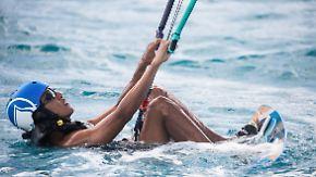 Unterricht im Kitesurfen: Obama genießt das Leben