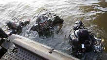 Die Polizei vermutet, dass Kraus in die Elbe stürzte.