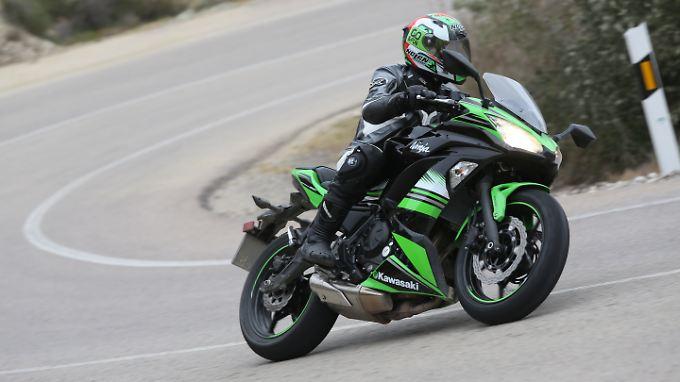 Auch versierte Motorradfahrer kommen mit der Kawasaki Ninja 650 auf ihre Kosten.