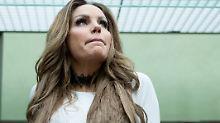 Auslaufende Brüste: Gina-Lisa Lohfink in Panik