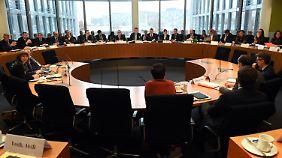 Mögliche Pannen im Fall Amri: Innenausschuss befragt Spitzen der Sicherheitsbehörden