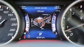 Beim Maserati Levante kann man per Knopfdruck einen Offroad-Modus aktivieren.