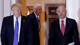 Nächster Tiefschlag: Trumps Wunsch-Arbeitsminister Puzder streicht die Segel
