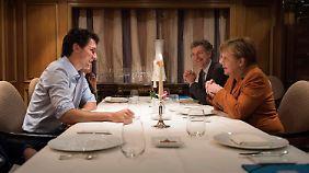 Merkel und Trudeau hatten sich schon am Donnerstagabend zum Essen getroffen.