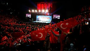 Mehrere Gegendemonstrationen: Yildirim wirbt in Oberhausen für Erdogans umstrittenes Präsidialsystem